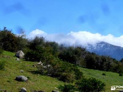 La Peñota-Valle de Fuenfría; la senda de camille bosque irati navarra via ferrata ordesa mochila de